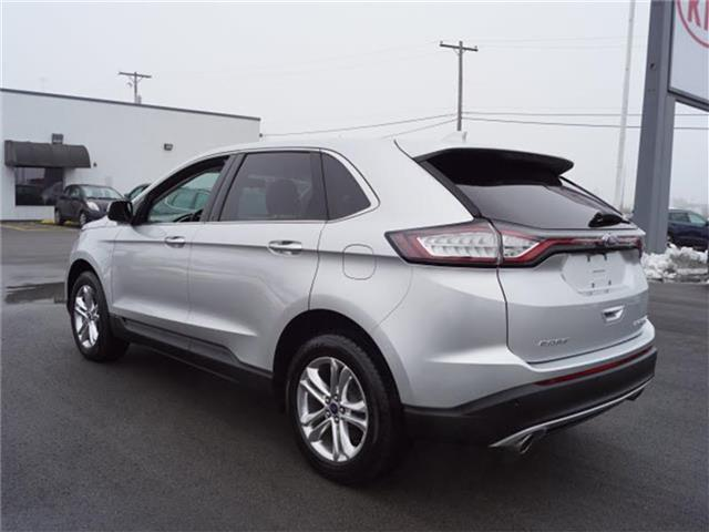 Pre-Owned 2016 Ford Edge