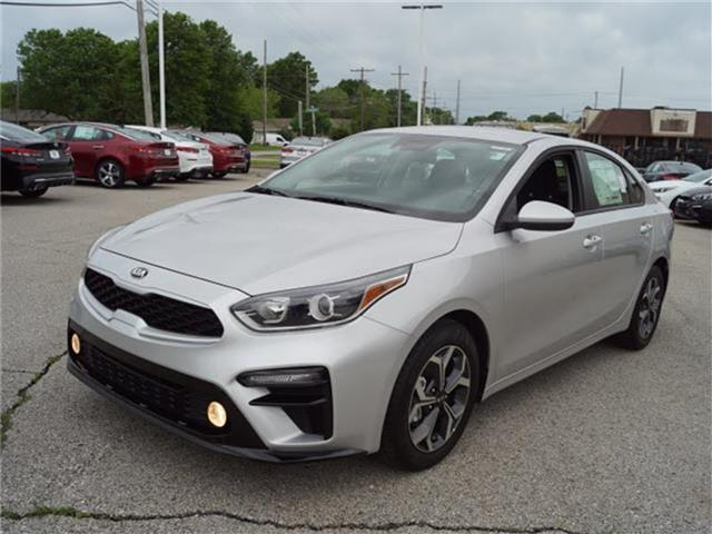 New 2019 Kia Forte LX 4dr Sedan