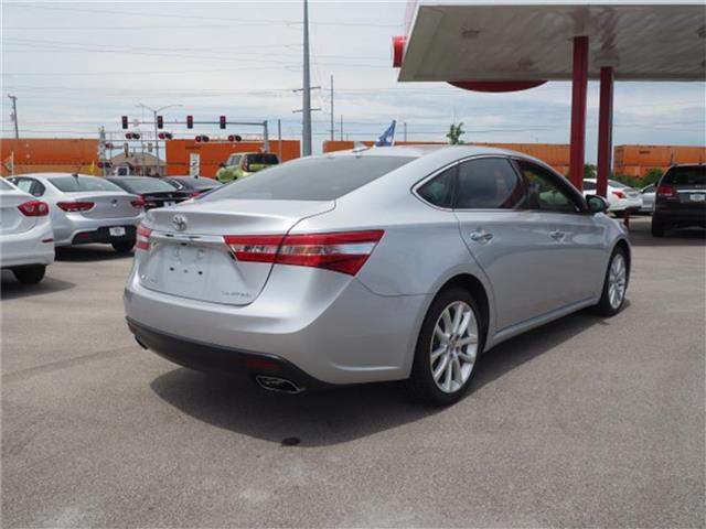 Pre-Owned 2013 Toyota Avalon