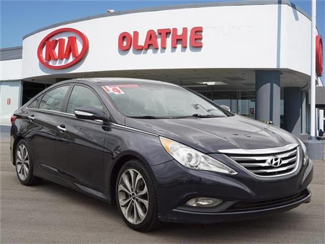 Pre-Owned 2014 Hyundai Sonata Limited 2.0T (A6) 4dr Sedan