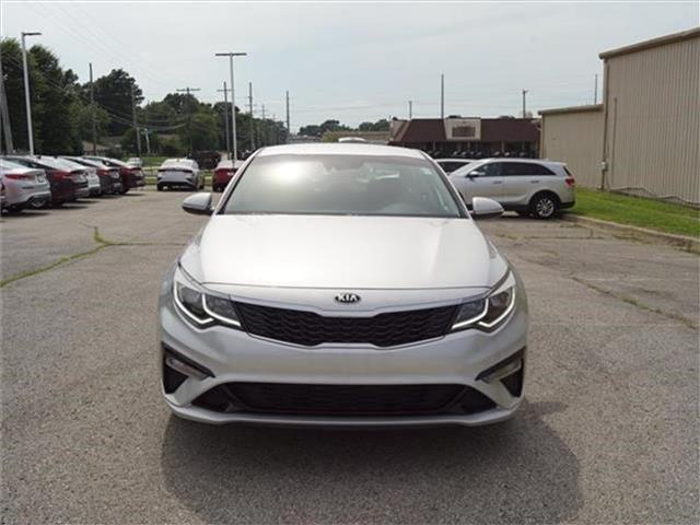 New 2019 Kia Optima LX 4dr Sedan