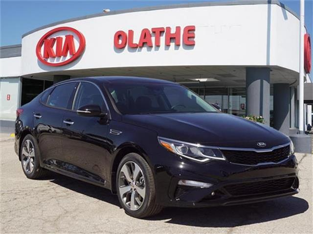 New 2019 Kia Optima S 4dr Sedan