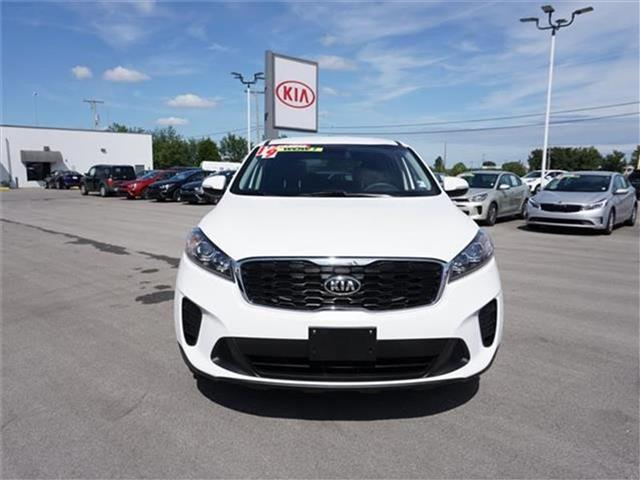Pre-Owned 2019 Kia Sorento 3.3L LX 4dr All-wheel Drive