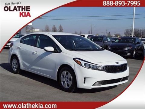 Pre-Owned 2017 Kia Forte LX Sedan