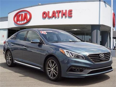 Pre-Owned 2015 Hyundai Sonata Sport 2.0T (A6) 4dr Sedan